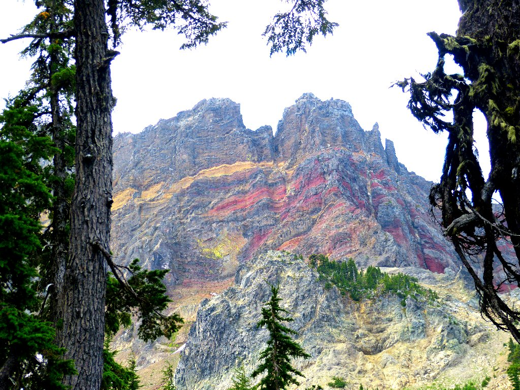 canyon creek black personals Located at the confluence of canyon creek and the upper metolius river, lower canyon creek campground is one of a string of campgrounds that dot the metolius river offering visitors some of the most stunning scenery in central oregon and easy access to an abundance of recreational activities.